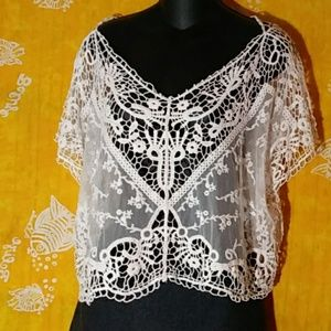hazel size Medium crocheted lace outter camisole